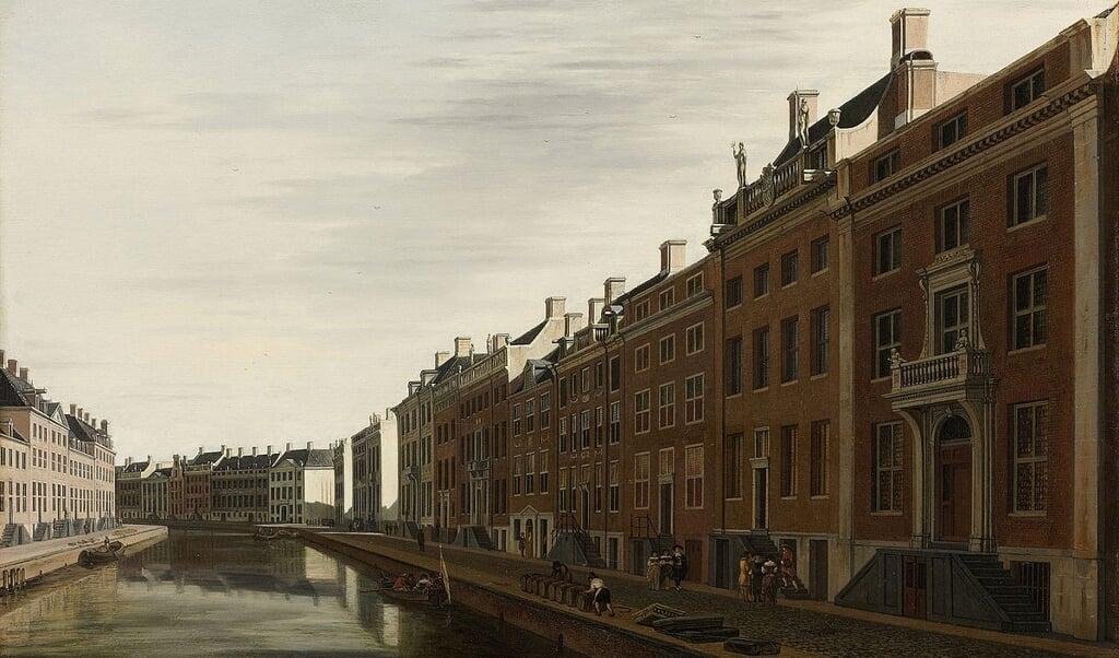 De voorspoed van de Republiek in de Gouden Eeuw is af te lezen aan de herenhuizen in de 'Gouden Bocht' van de Herengracht in Amsterdam. Schilderij van G.A. Berckheyde, 1672.  (beeld rijksmuseum)