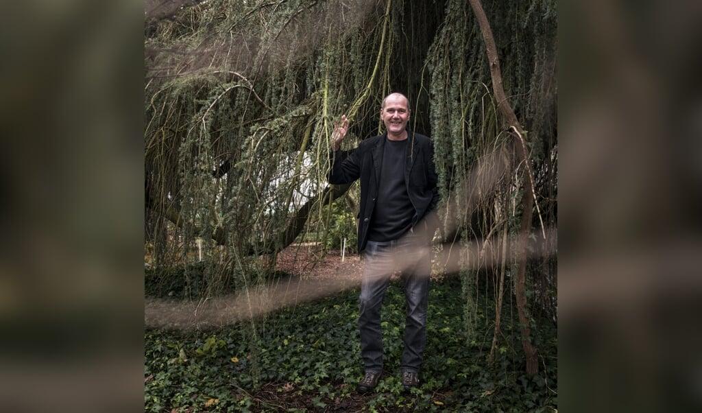 Cor van Gelderen van plantentuin en kwekerij Esveld.  (beeld Eva Faché)