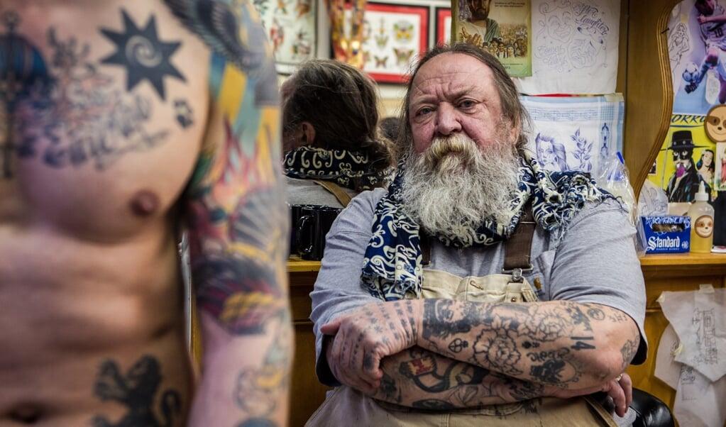 De Amsterdamse tatoeeerder Henk Schiffmacher (foto uit 2017).  (beeld anp / Kippa Paul Bergen)