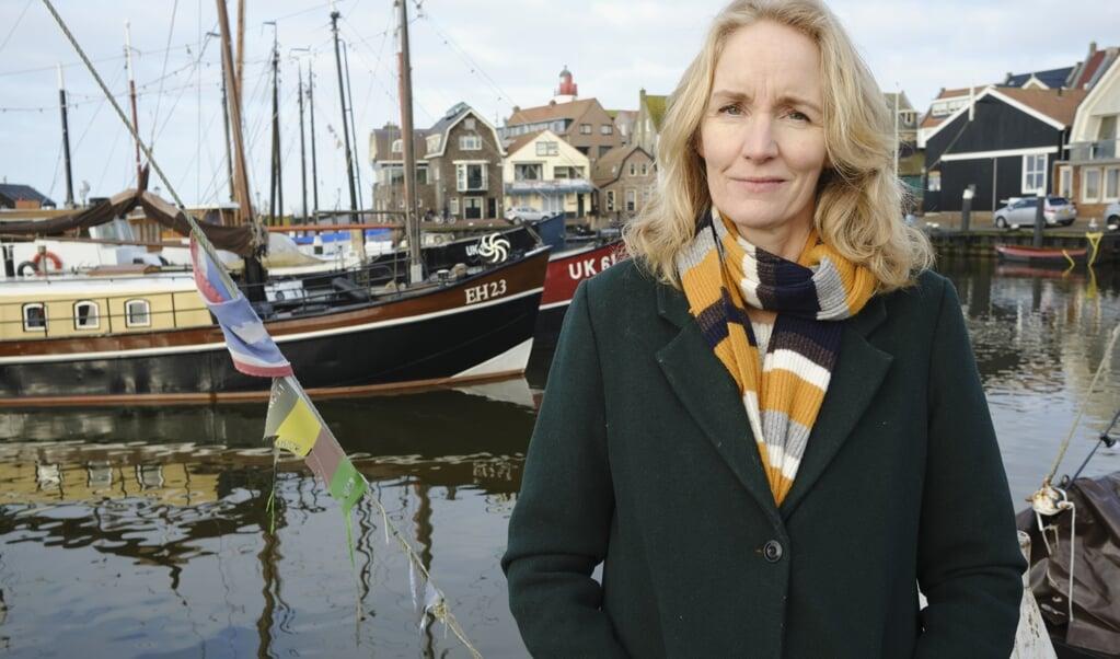 <p>Onder de vijf boeken die meedingen naar de Libris Geschiedenis Prijs 2020 is het Zuiderzeeboek van Eva Vriend.</p>  (beeld Dick Vos)