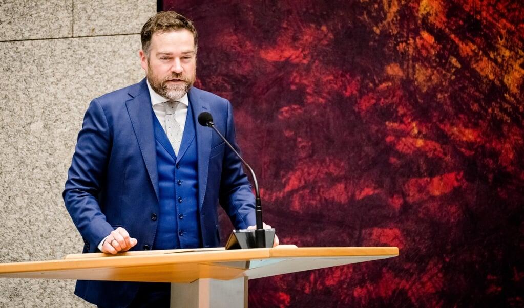 VVD-fractievoorzitter Klaas Dijkhoff tijdens een debat in de Tweede Kamer over de ontwikkelingen rondom het coronavirus.  (beeld anp / Bart Maat)