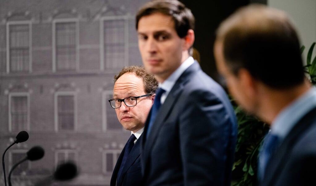 Wouter Koolmees, Wopke Hoekstra en Eric Wiebes.  (beeld anp / Bart Maat)