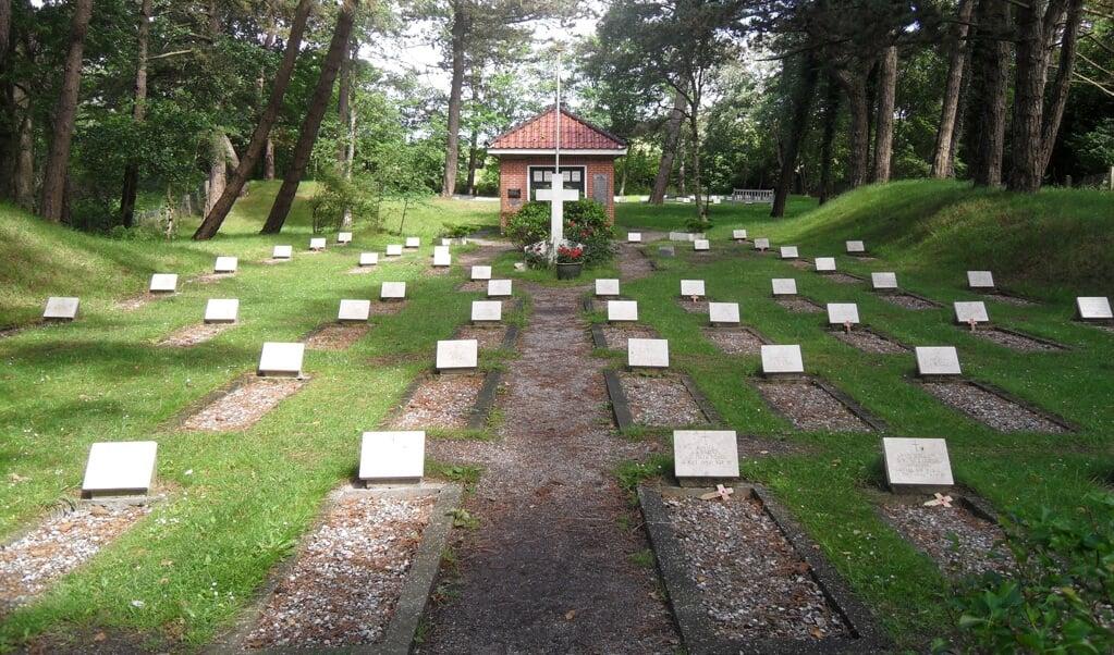 Begraafplaats Vredenhof op Schiermonnikoog, laatste rustplaats van geallieerde drenkelingen.  (beeld )