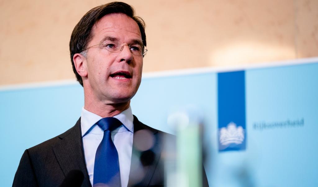 Premier Mark Rutte woensdag na het wekelijkse ministeriële crisisoverleg.  (beeld anp / Bart Maat)