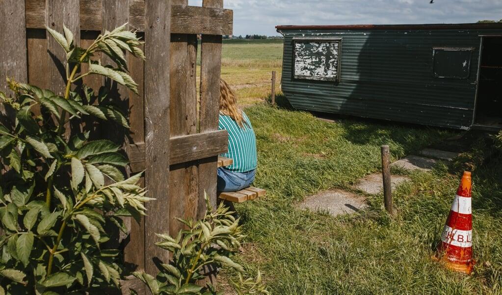 Foto uit de reeks 'Us Keet' waarin fotograaf Martina Ketelaar de Friese 'keetcultuur heeft 'vastlegt.  (beeld Martina Ketelaar)
