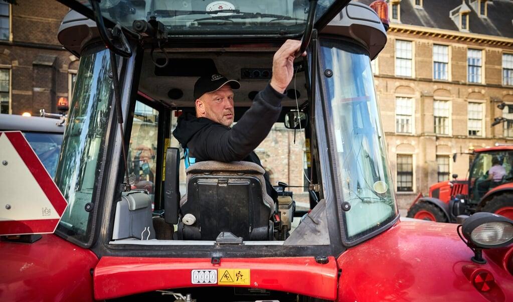 Bestuursleden van Farmer Defence Force op het Binnenhof. De boerenprotestgroep protesteert tegen voermaatregelen van minister Carola Schouten.  (beeld anp / Phil Nijhuis)