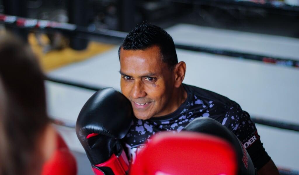 Ramis Ghisyawan (57) is eigenaar van Sportcentrum Woerden.  (beeld Karen Zilver)