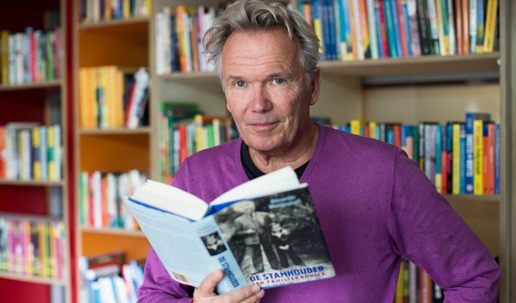 Tom Egbers: 'Ja, zo'n boek wil ik ook wel schrijven. Maar een mens moet zijn beperkingen kennen.'  (beeld Ron Beenen)