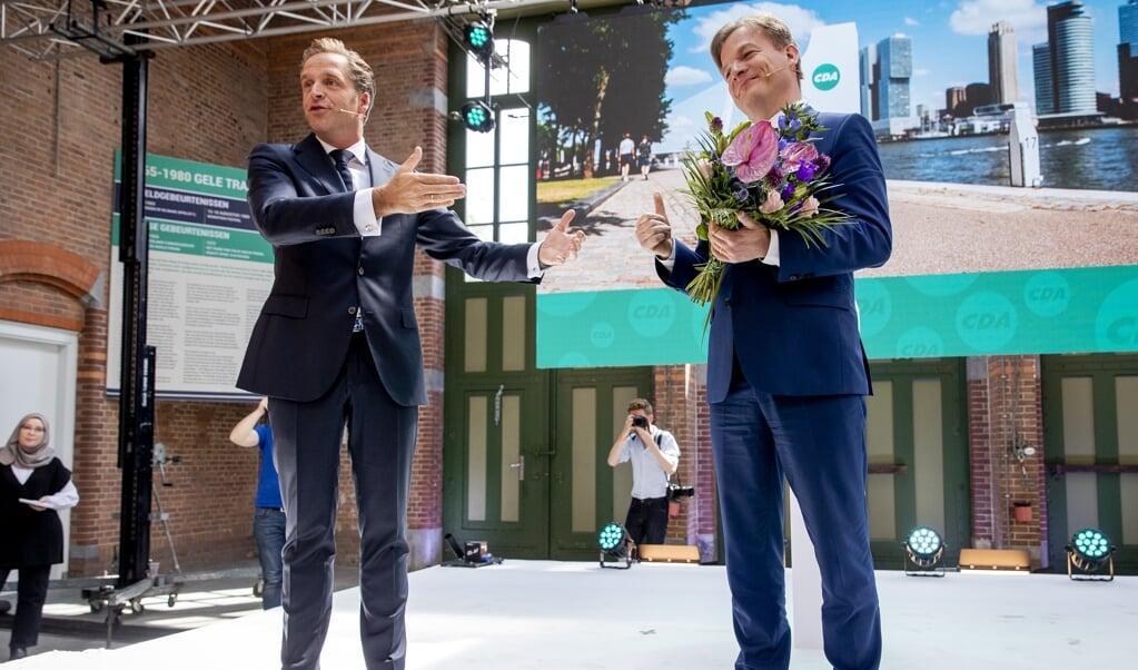 Hugo de Jonge (links) en Pieter Omtzigt.  (beeld anp / Sem van der Wal)