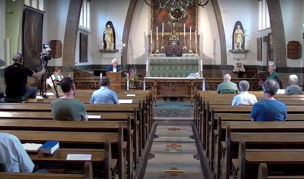 Mis in de Oud-Katholieke Kerk (landelijke stream) op 28 juni met 680 weergaven. De stream van 24 mei werd nog ruim 1400 keer afgespeeld.  (beeld nd)