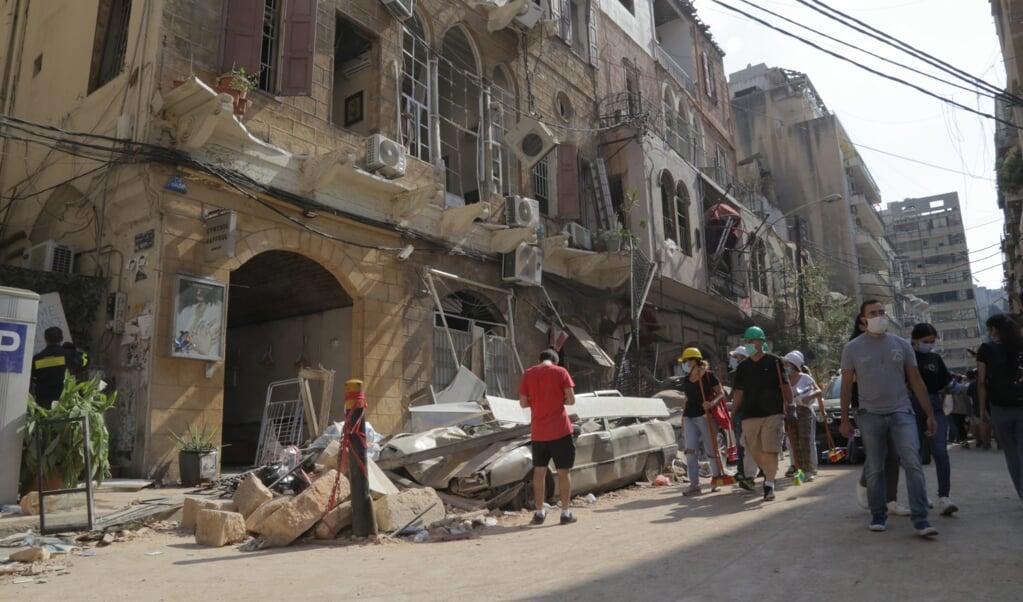 Psychologische hulp, reparatie van huizen en het verstrekken van voedsel zijn de drie prioriteiten voor het noodhulpcluster in Beiroet.  (beeld )