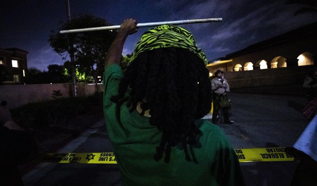 Het gezicht van de BLM-beweging wordt volgens de initiatiefnemers gevormd door 'degenen voor wie er moet worden gevochten'.  (beeld epa / Etienne Laurent)