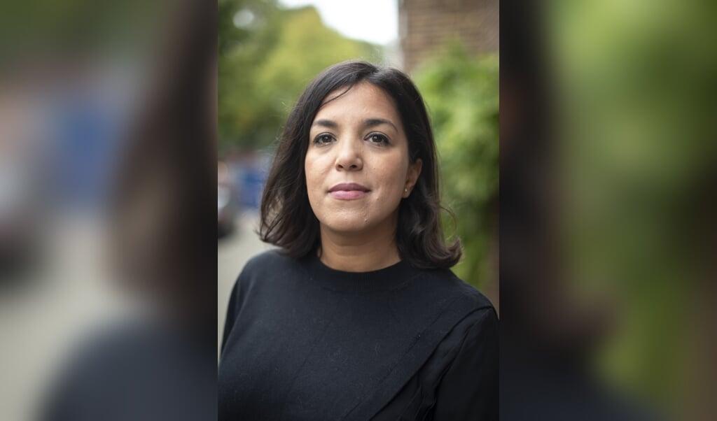Nadia Bouras: 'Je moet telkens bewijzen dat je er echt bij hoort. Dat is een oneerlijke strijd, omdat de regels steeds veranderen.'  (beeld Martin Waalboer)