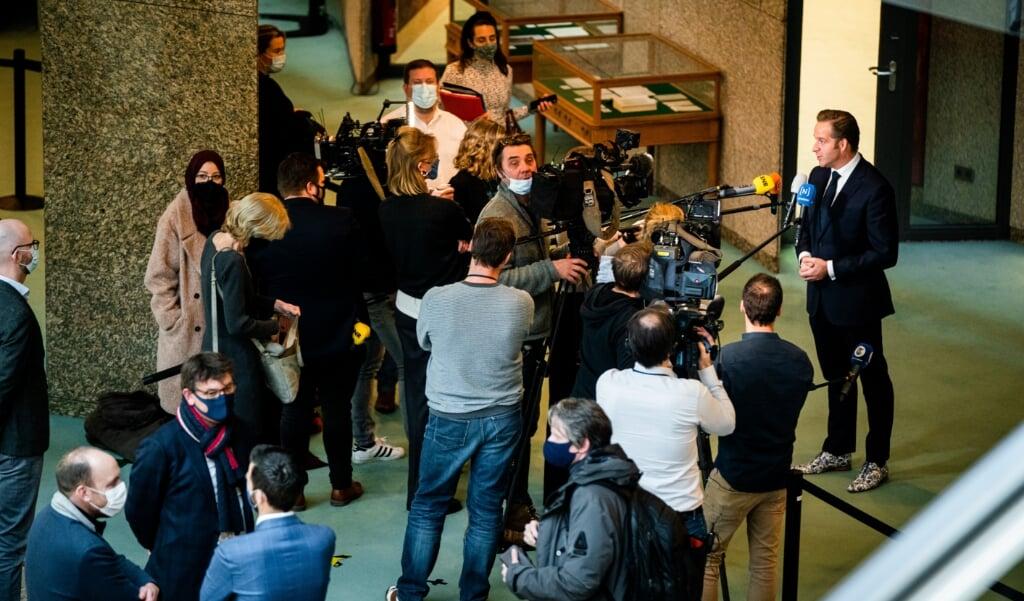 2021-01-26 14:50:31 DEN HAAG - Minister Hugo de Jonge van Volksgezondheid, Welzijn en Sport (CDA) tijdens het wekelijks vragenuur in de Tweede Kamer. ANP BART MAAT  (beeld anp / Bart Maat)