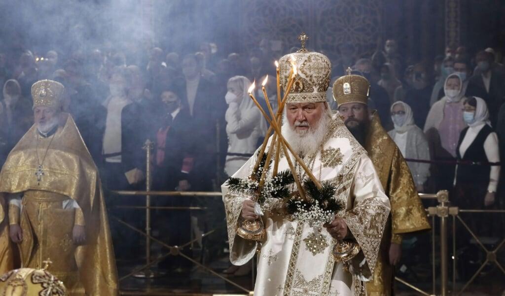 Patriarch Kiril van Moskou tijdens de viering van het russische kerstfeest op 7 januari 2021 in de kathedraal van Christus de Verlosser te Moskou.  (beeld epa / Maxim Shipenkov)