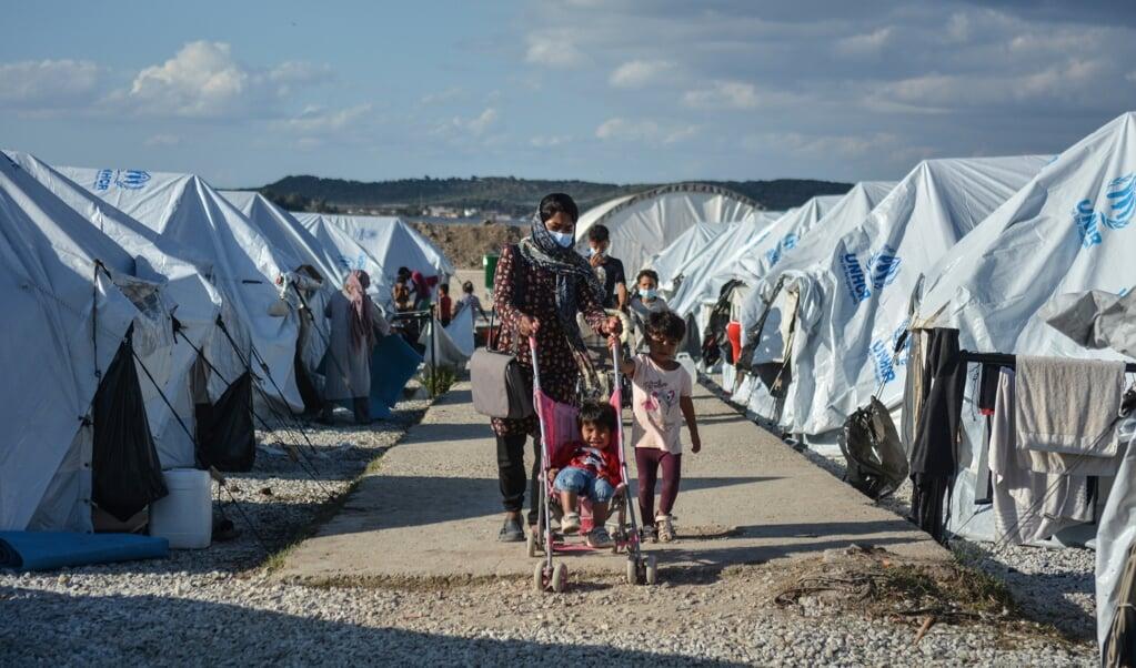 Het nieuwe kamp Moria op het Griekse eiland Lesbos.  (beeld ap / hollandse hoogte)