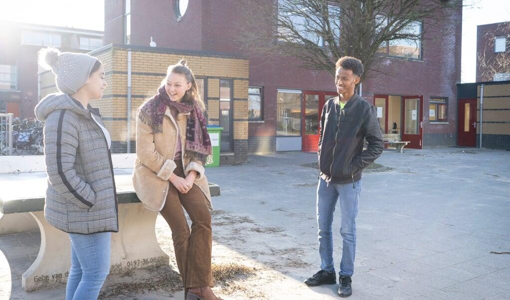 Bodil Boelens heeft een tutorprogramma opgezet om kinderen vertrouwd te maken met de Nederlandse taal.  (beeld Niek Stam)