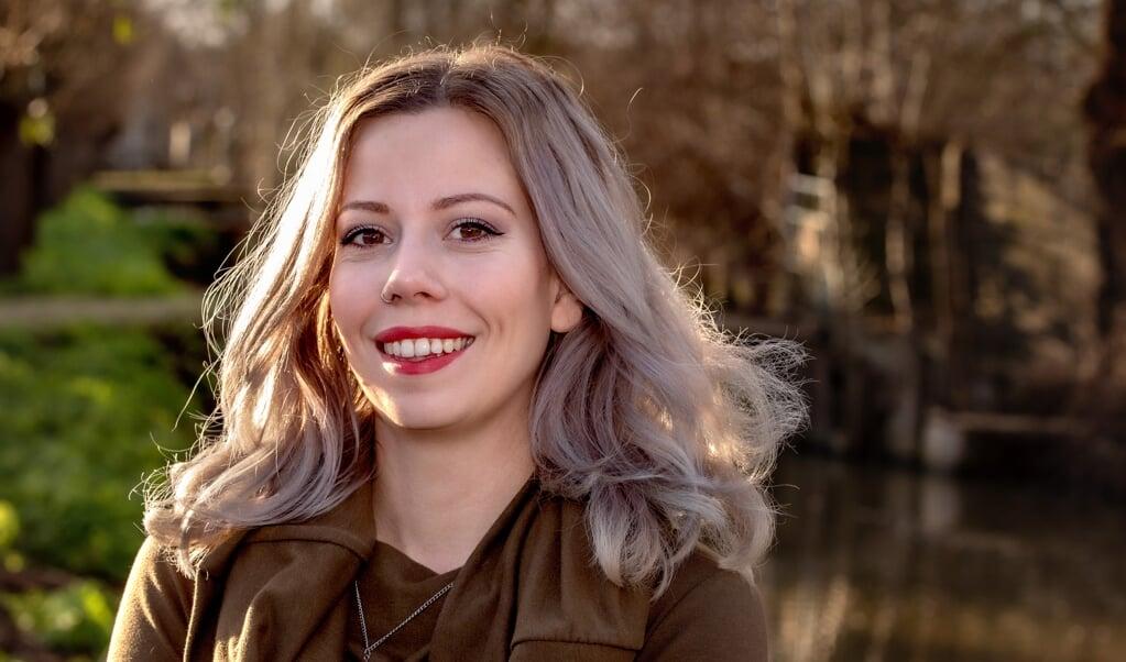 Carmen Melissant: 'App gewoon: ik mis je in de kerk, zullen we koffiedrinken?'  (beeld Dirk Hol)