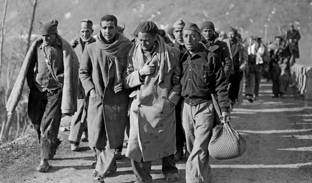 Na de overwinning van generaal Franco in de Spaanse Burgeroorlog vluchtten soldaten van het Volksfront in februari 1939 naar Frankrijk.  (beeld anp)