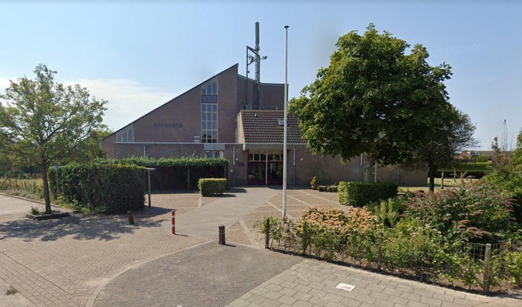 Dominee Arend-Jan de Boer is losgemaakt van de Gereformeerde Kerk vrijgemaakt op Urk.  (beeld Google Streetview)