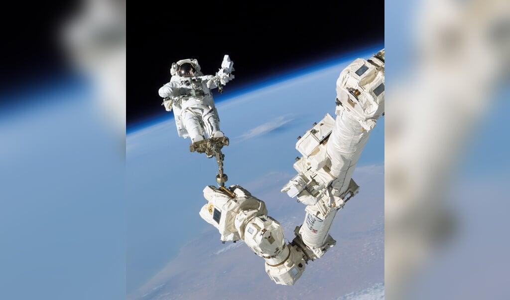 Het zou mooi zijn als ook christenen zich aanmelden voor het astronautenprogramma van de Europese ruimtevaartorganisatie ESA.  (beeld afp )