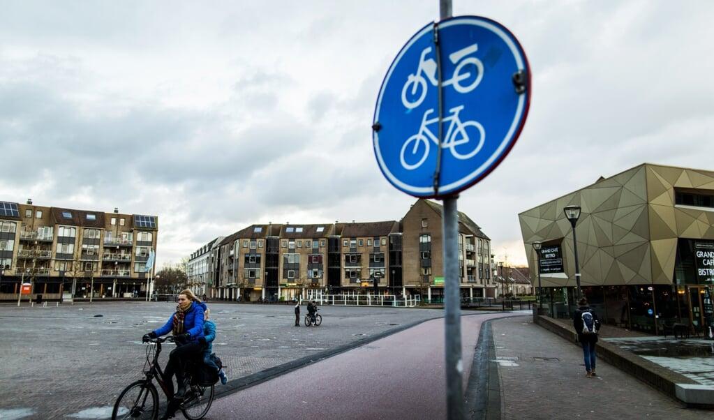 Veel inwoners zien Houten meer als dorp dan als stad en willen dat zo houden.  (beeld anp / Remko de Waal)