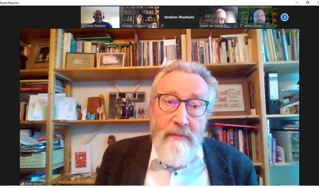 Screenshot van de weekopening van de Wereldraad van Kerken. Prof. dr. Peter Nissen verzorgt de overweging bij een gedeelte uit het Marcusevangelie.  (beeld nd)