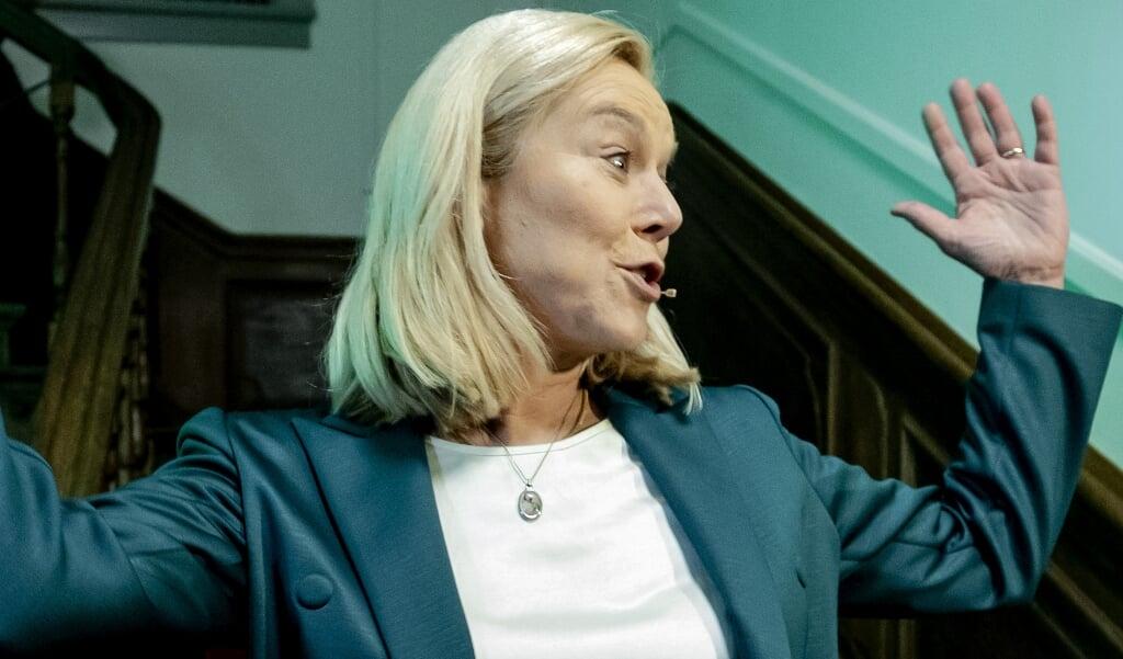 D66-lijsttrekker Sigrid Kaag reageert in het verenigingshuis van het Landelijk Bureau op de uitslagen voor de Tweede Kamerverkiezingen.  (beeld anp / Koen van Weel)
