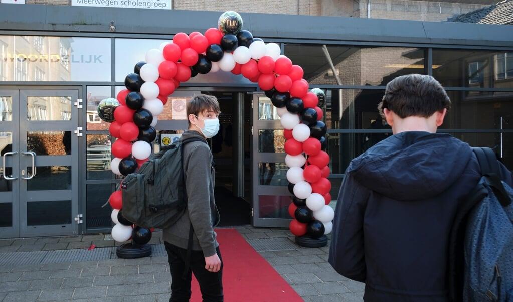 Op het Corderius College in Amersfoort zijn de leerlingen weer welkom.  (beeld Dick Vos)