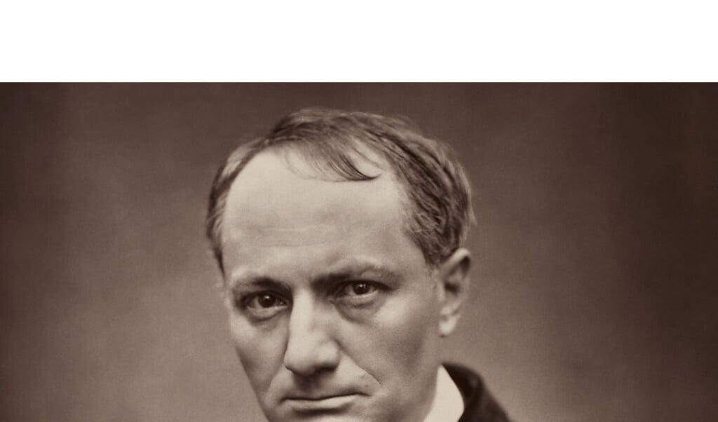 Een portretfoto van Charles Baudelaire, circa 1862.  (beeld british library london / Etienne Carjat)