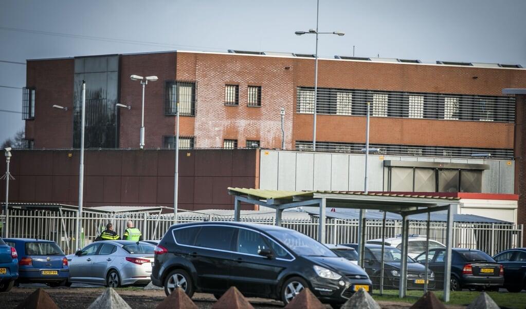 De gevangenis in Zutphen, die vorige week te maken had met een corona-uitbraak.  (beeld anp / Roland Heitink)