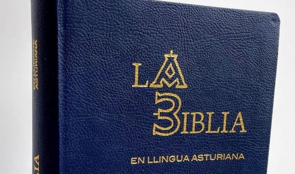 De Bijbel is er nu ook in het Asturisch  (beeld spaans bijbelgenootschap)