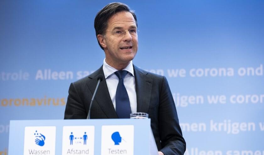 Rutte vindt versoepelingen spannend maar verantwoord • Inenting Janssen-vaccin start woensdag