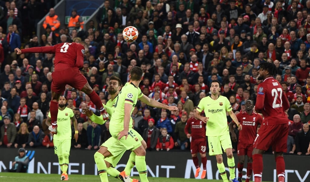 Liverpool-Barcelona, een wedstrijd die je in de 'European Super League' een stuk vaker zult zien.  (beeld Paul Ellis / afp)