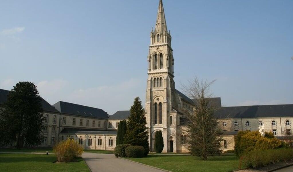 De abdij van Notre-Dame de la Grande Trappe in Normandië.  (beeld wikipedia)