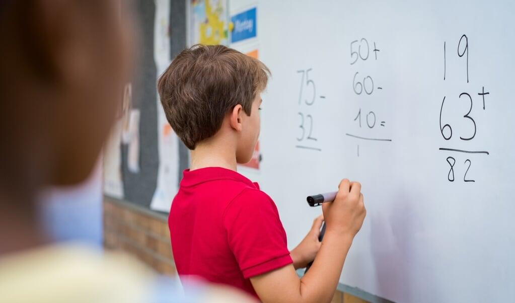 Hoogeveen: 'Kinderen kunnen last hebben van het label hoogbegaafdheid.'  (beeld istock)