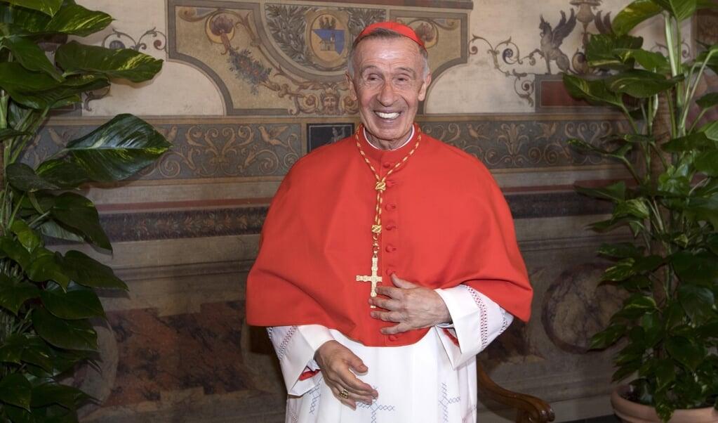 Kardinaal Luis Ladaria Ferrer, de prefect van de Congregatie voor de Geloofsleer in het Vaticaan.   (beeld epa / Claudio Peri)