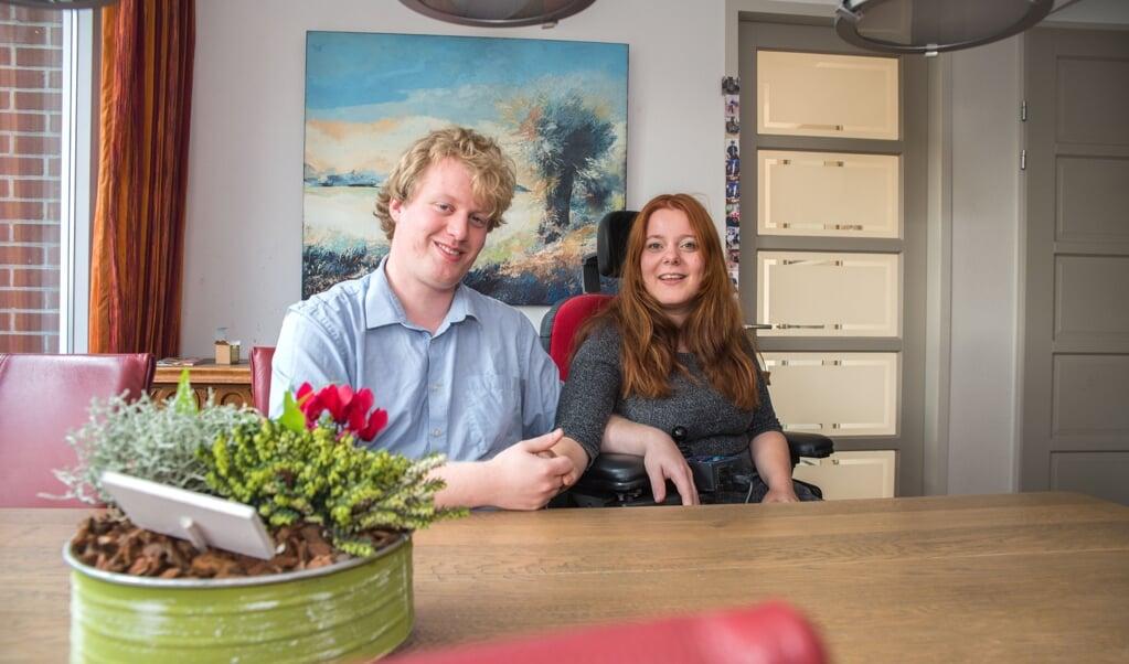 Amber van Ginneken: 'Van mij wordt gevraagd om zelfstandig aan de maatschappij deel te nemen, maar in de praktijk lukt dat bijna niet.'  (beeld nd)