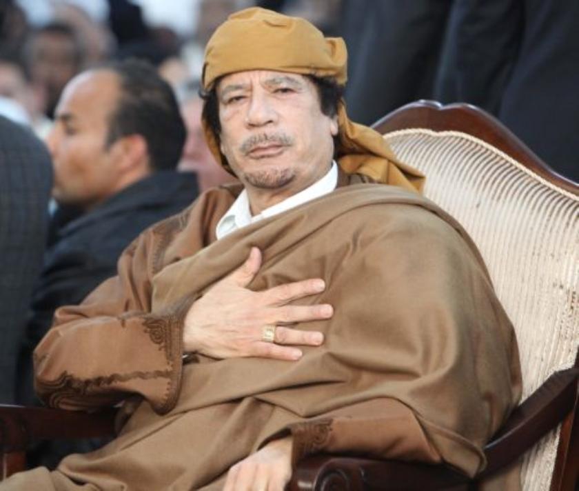 Kaddafi geeft Bin Laden de schuld