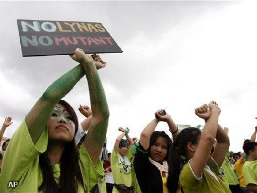 Protest tegen aardenfabriek Maleisië