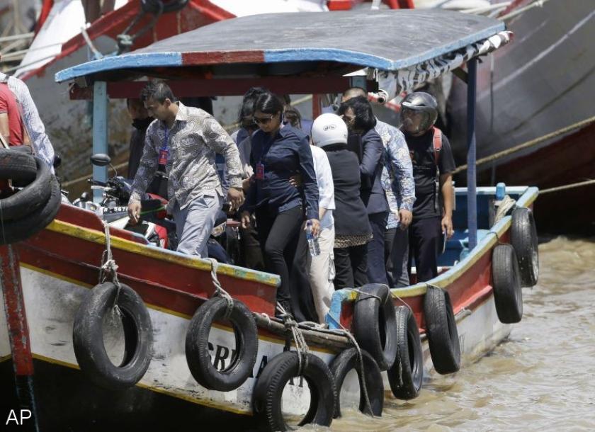 Familie bezoekt Australiërs in dodencel Indonesië