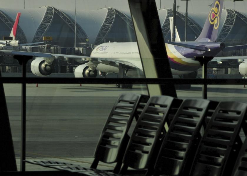 Bezetting vliegvelden Bangkok gaat door