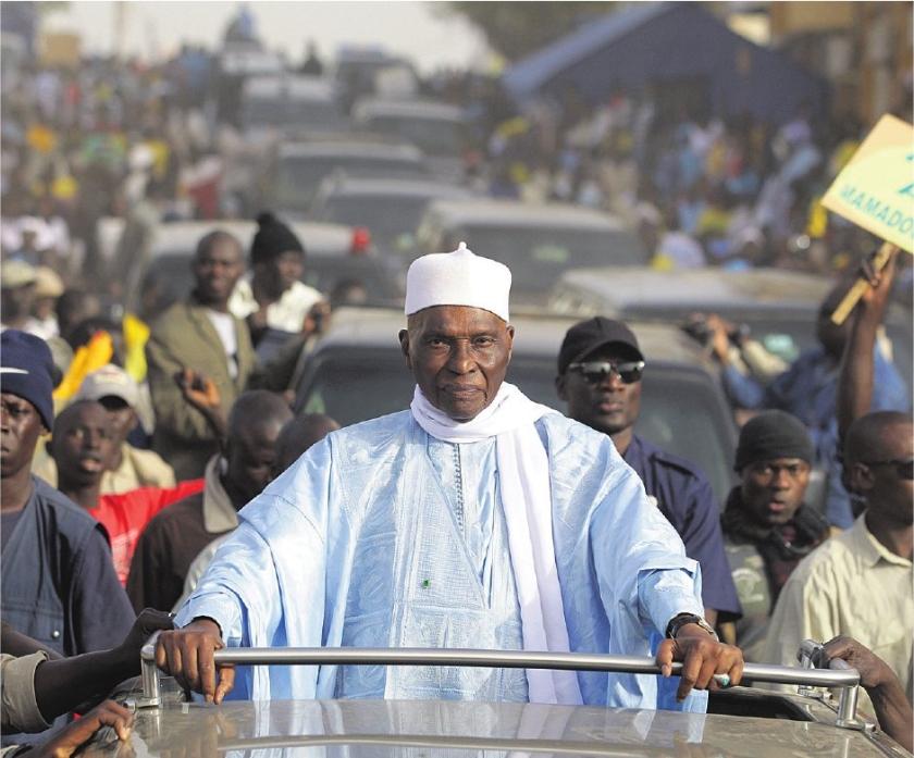 Senegal sidderend naar de stembus