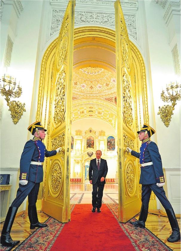 Putin wendt blik naar Azië
