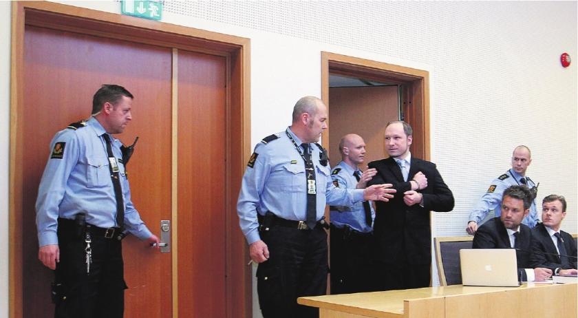 Advocaat van Breivik wacht vele hatemails