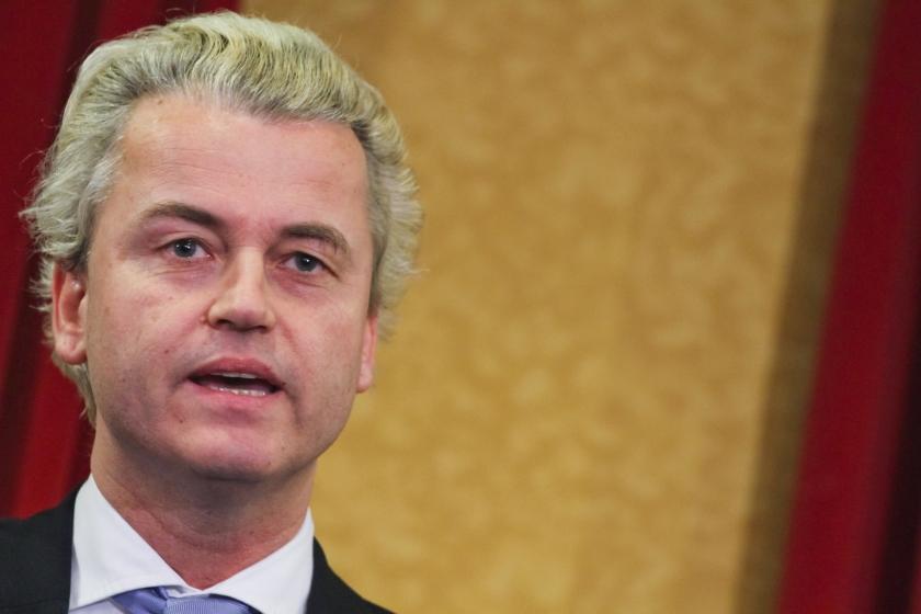 Diplomaat niet ontboden om nazi-folder Wilders