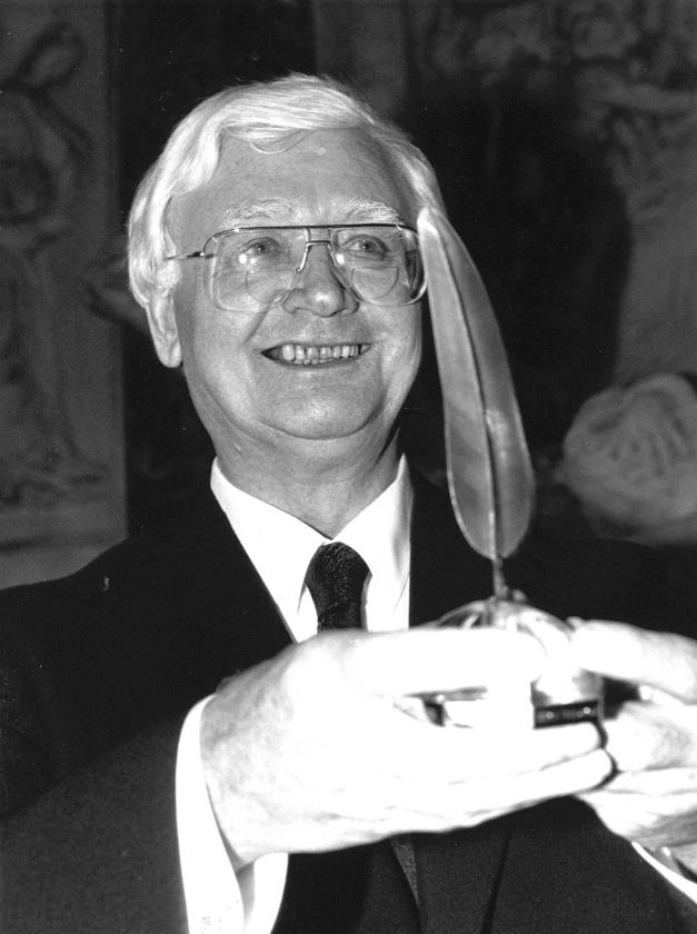 Schillebeeckx (1914-2009) tartte het Vaticaan