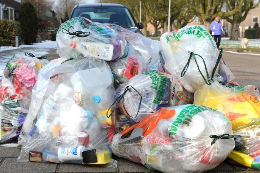 Plastic scheiden staat pas aan het begin
