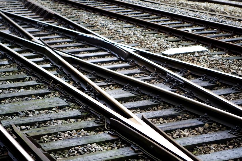 CDA en PvdA verdeeld over spoor
