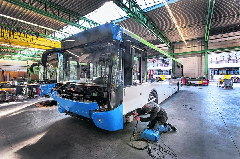 Stadsbus Amsterdam elektrisch  (Raymond Rutting)